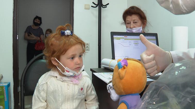 Услышать жизнь: благотворители помогли маленькой амурчанке воспринимать мир таким, какой он есть