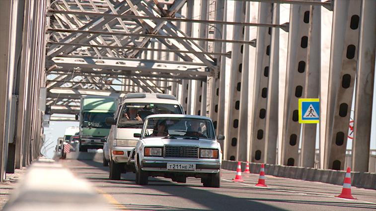 Ночью благовещенcкий мост через Зею будут перекрывать для ремонта