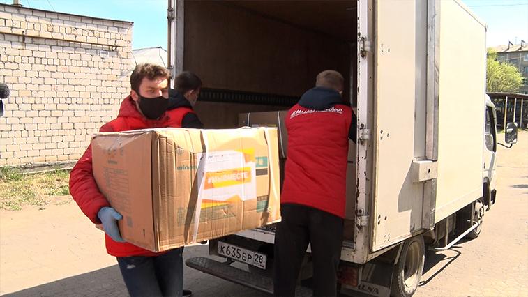 Детские врачи экипированы: в АОДКБ приняли гуманитарную помощь