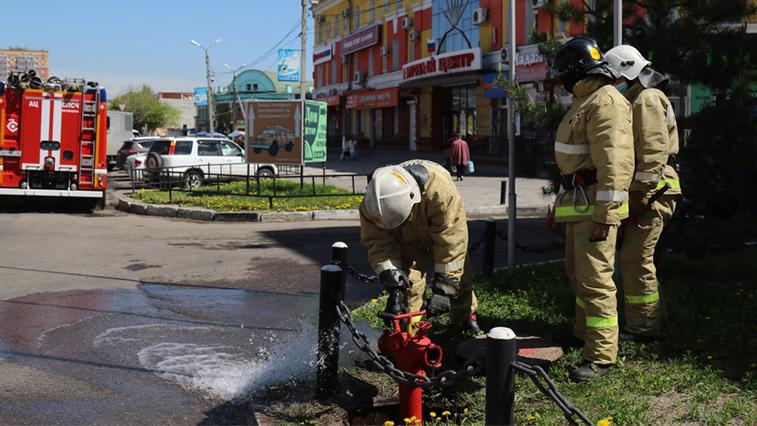 Спасительная вода: амурские пожарные обследуют источники, которые используют при тушении пожаров
