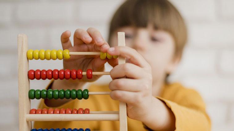 Амурские семьи с детьми от 3 до 7 лет начнут получать новые пособия с конца июня
