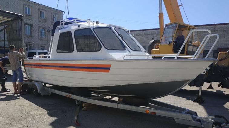 Новый катер для патрулирования Амура и Зеи получили спасатели Благовещенска