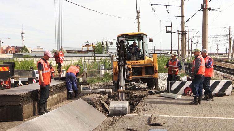 На Забайкальской магистрали проводят капитальный ремонт железнодорожных переездов