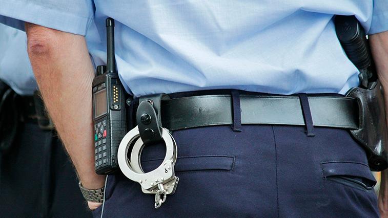 Житель Приамурья напал на полицейского в поезде