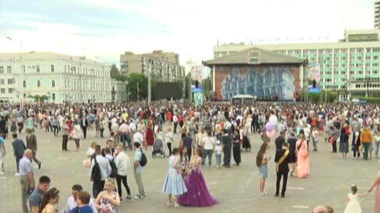 Выпускные вечера в российских школах пройдут 27 июня в формате онлайн