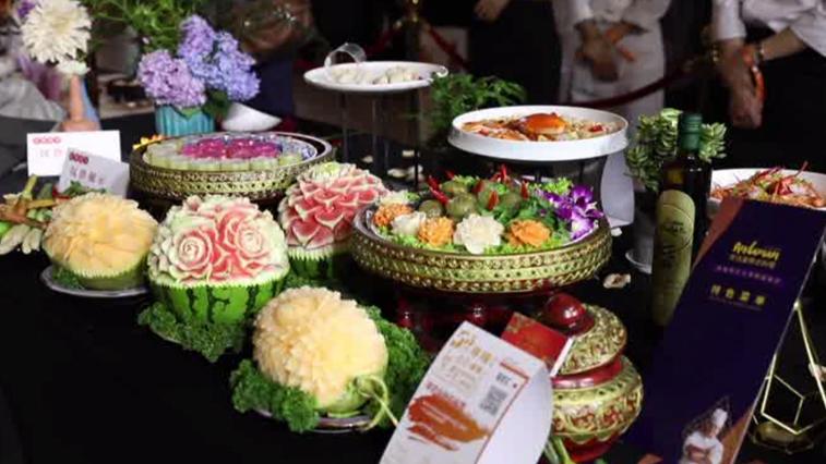 Поддержать предприятия общепита в Китае решили фестивалем гурманов