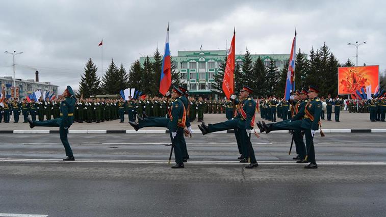 Парад Победы в Белогорске украсит военная техника и, возможно, авиация
