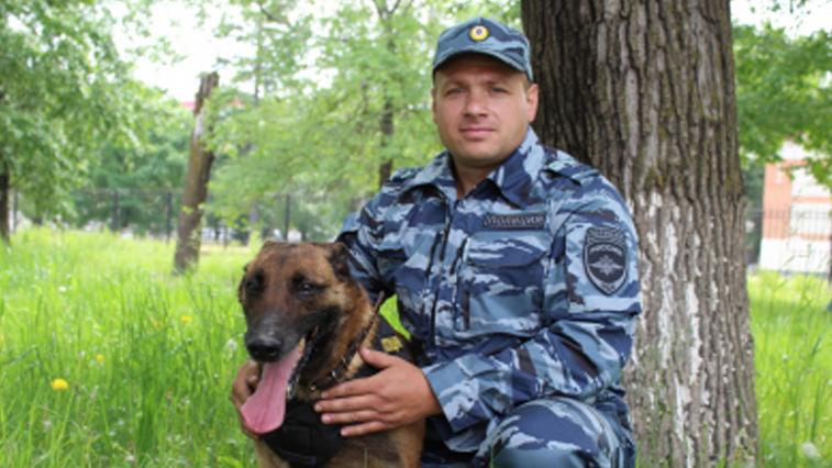 Полицейская овчарка помогла найти грабителей в Благовещенске
