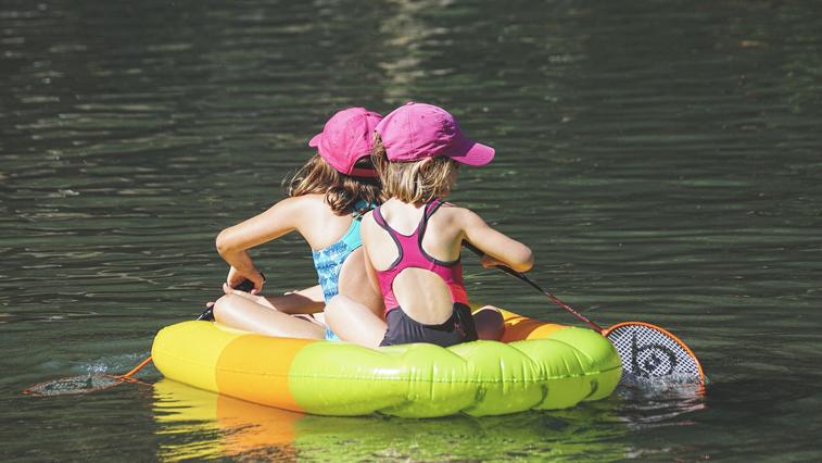 Детям до 14 лет запретили посещать водоемы без сопровождения взрослых