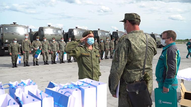 Военнослужащих войск РХБЗ поблагодарили за дезинфекцию Амурского ГПЗ и Свободного