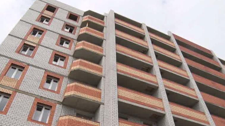 В Благовещенске завершается строительство дома для переселенцев из аварийного жилья