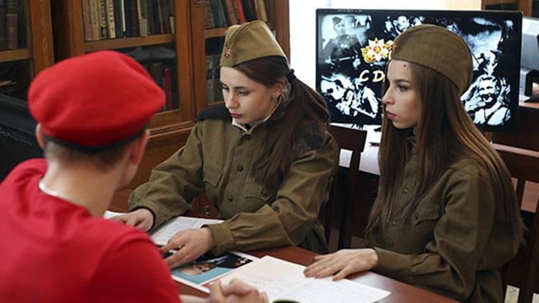 Судьбы нескольких сотен солдат Великой Отечественной войны помогли установить амурские поисковики