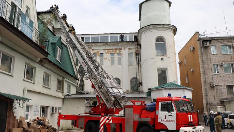 Прокуратура начала проверку по факту пожара в кафе в Благовещенске