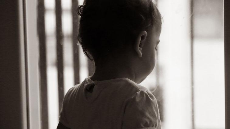 В селе Чигири ребенок выпал из окна седьмого этажа