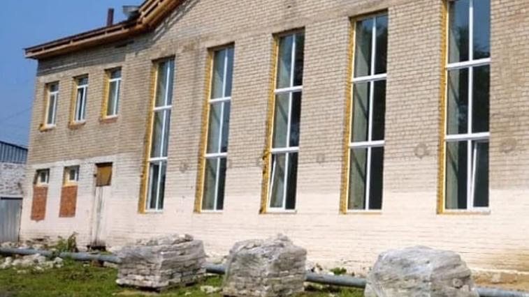 В Доме культуры с. Толстовка впервые за 50 лет делают капитальный ремонт