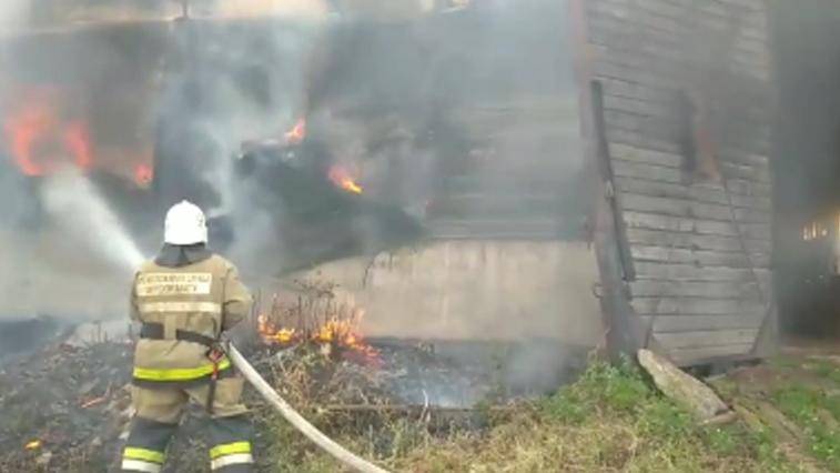 Цех по распилке древесины горел в п. Февральск