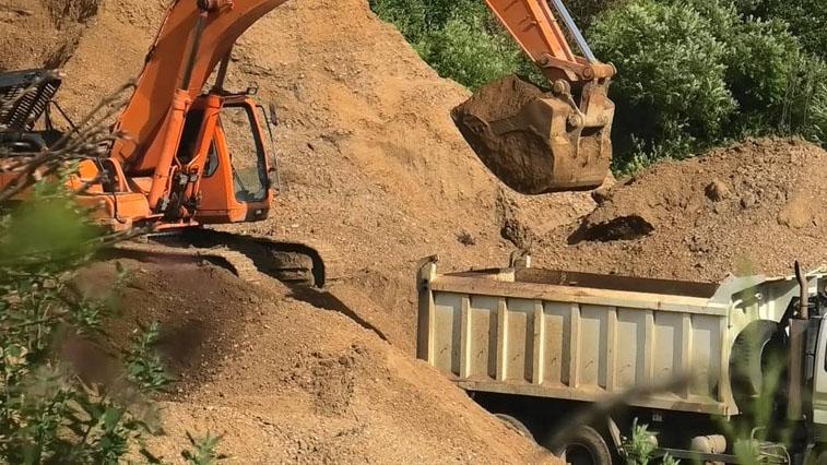 Песок для строительства аэропорта незаконно добывали в Благовещенском районе