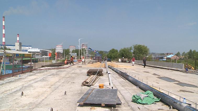 Масштабная дорожная стройка в Благовещенске — ремонт виадука по Загородной — близится к завершению