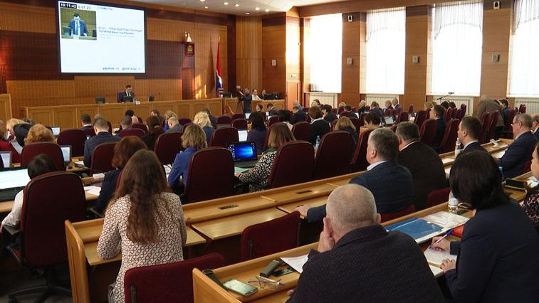 Четыре кандидата вступили в борьбу за место депутата Заксобрания области