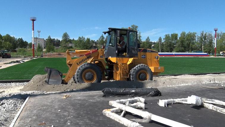 Новенький «Локомотив»: В Шимановске капитально ремонтируют местный стадион