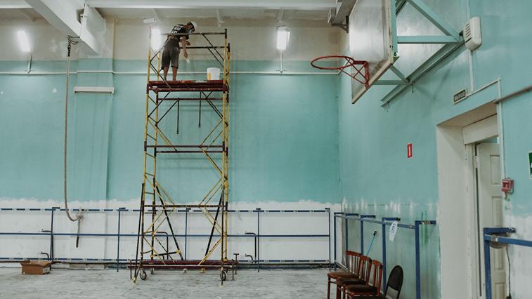 Василий Орлов оценил ход ремонта зала самбо школы олимпийского резерва