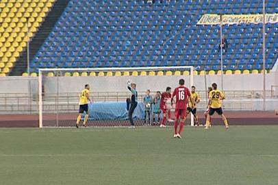 «Амур-2010» сыграл вничью с комсомольской «Сменой»