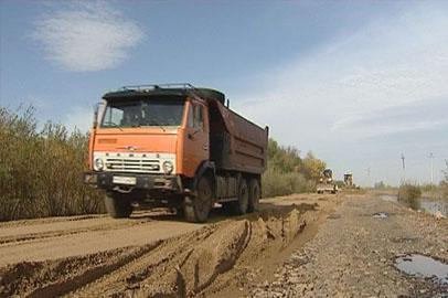 В Константиновском районе восстановили 30 километров размытых дорог