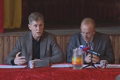 Олег Кожемяко встретился с жителями с.Красное Тамбовского района