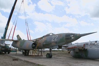 Раритетный военный самолет пополнил аэрокосмический музей в Ивановке