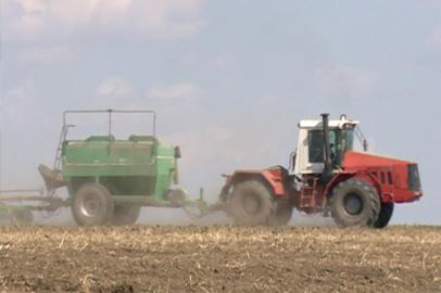 «Партизан» завершил сев ранних зерновых в рекордно короткие сроки