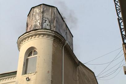 В центре Благовещенска загорелся магазин