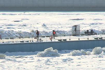 На Амуре завершается монтаж понтонного моста