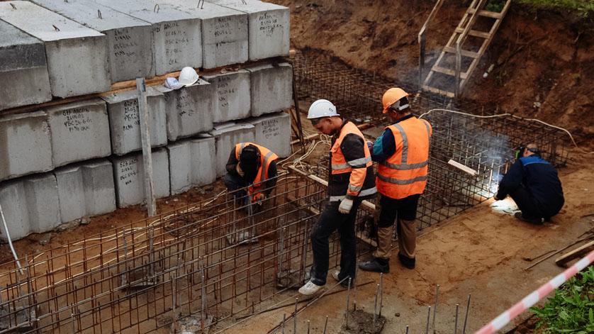 К строительству на космодроме Восточный привлекут трудовых мигрантов из Узбекистана. Российских специалистов уже нет?